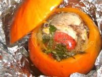 Гарбуз, фарширована куркою і овочами