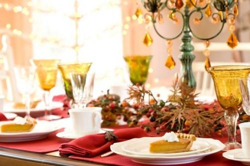 Прикраси для новорічного столу: прості способи і оригінальні ідеї