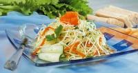 Весняний салат зі свіжих овочів