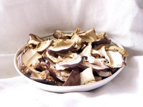 Смачні страви з сушених грибів