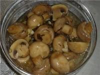 Смачний салатик з грибочками