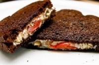 «Закриті» бутерброди з грибами по-італійськи