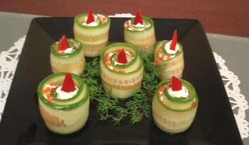 Закуска з огірка з сиром «Новорічні свічки»