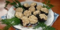 Закуска новорічна з чорносливом і сиром «12 місяців»