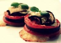 Закуска овочева дієтична з баклажанами, помідорами і сиром
