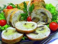 Закуска святкова з курячих грудок, фаршированих грибами