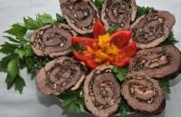 Закуска святкова «Рулет з яловичини з горіхами»