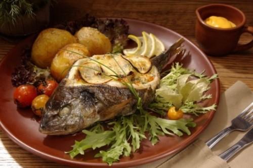 Золота рибка дорадо - виконає всі гастрономічні мрії